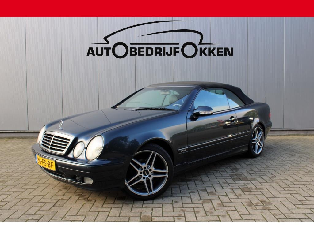 Mercedes-Benz-CLK-Klasse-thumb