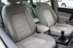 Volkswagen-Golf Sportsvan-30